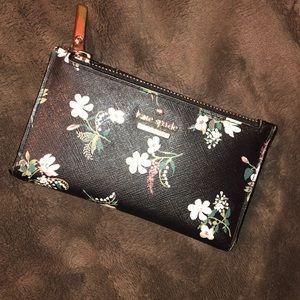 kate spade Bags - Kate Spade Floral Wallet
